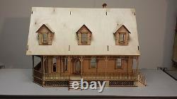 Alisha Country Dollhouse 124 scale