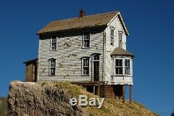Berkshire Valley Models HO/HOn3, 1/87 Walsh/Duncan Bay Window House kit #2003