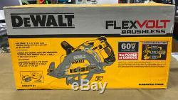 DEWALT (DCS577X1) Flexvolt 60V Brushless Worm Style Saw Kit with Battery. NEW