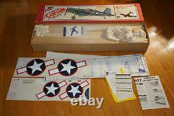 TOP FLITE F4U-1A CORSAIR KIT RED BOX RC AIRPLANE COLLECTORS ITEM (Kit # RC-21)
