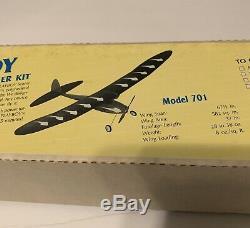 VINTAGE LEISURE PLAYBOY RADIO CONTROL ELECTRIC MODEL AIRPLANE KIT 67 RARE New